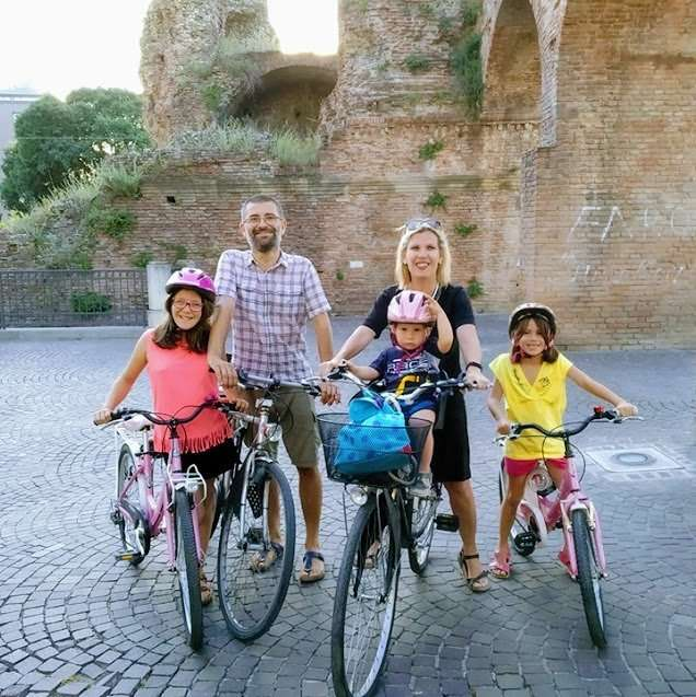 Per noi non esistono famiglie tradizionali, ma solo famiglie in bici.