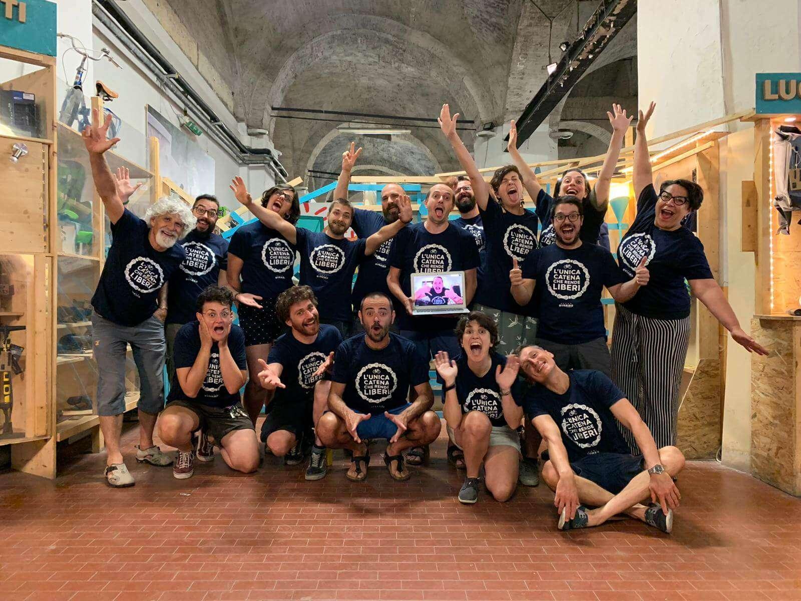 Dalla cooperativa Dynamo e l'associazione Salvaiciclisti nasce un progetto di governance collettiva: nasce il gruppo Dynamo-Salvaiciclisti, un'unica organizzazione di professionisti e volontari per rendere Bologna una città che respira.